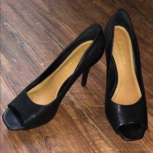 Gianni Bini matte black Heels, size 7